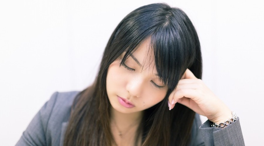 今日の英語: 一晩考えます。