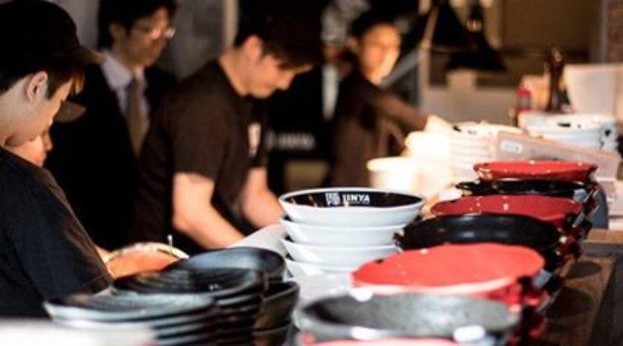【求人】ラーメンJINYA:キッチン・サーバー