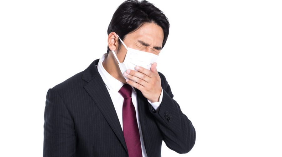 今日の英語:咳が止まらない。